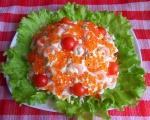 Салат из авокадо с креветками и икрой
